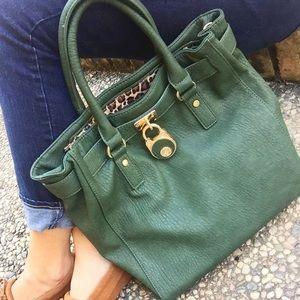 Handbags - Green Purse w Leopard Lining / Pockets / 2 Straps
